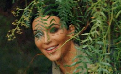 kim_kardashian_spying